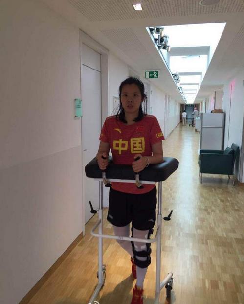 孔卡李雪芮膝盖手术成功 已在积极接受康复治疗中