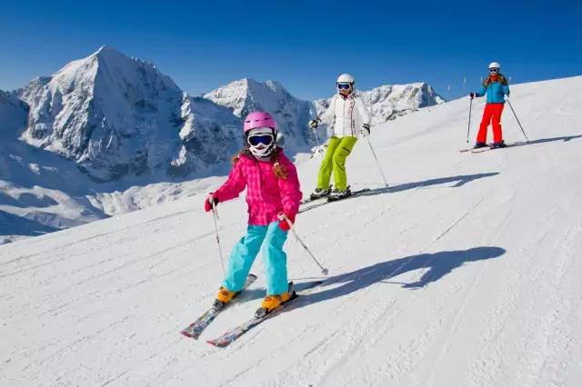 滑雪被撞后还能走路一查前交叉韧带断了