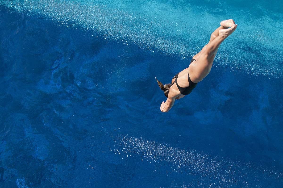 享受浮力 - 前交叉韧带重建康复训练之水中运动
