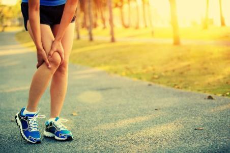 跑步百利唯伤膝,跑步膝盖疼怎么办?