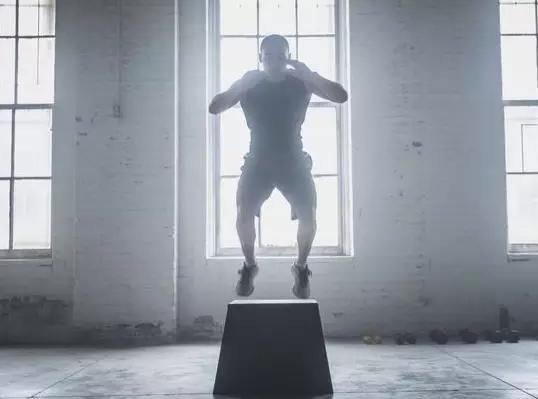 弹起和落地:预防膝关节前交叉韧带受伤的关键性训练